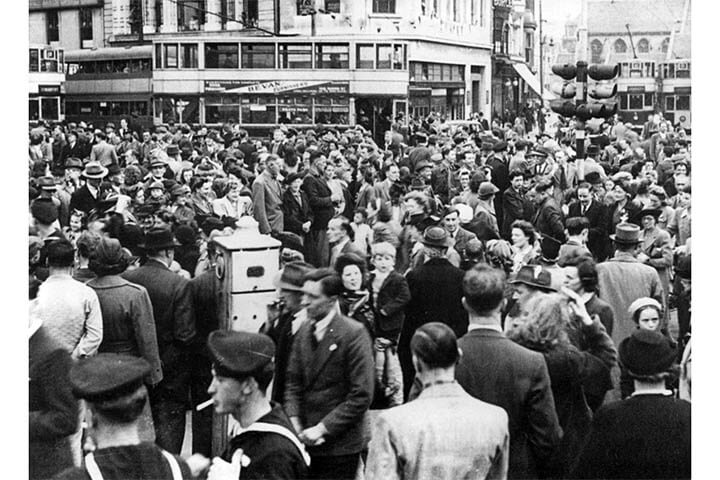 The VE Day crowd in Cardiff city centre.